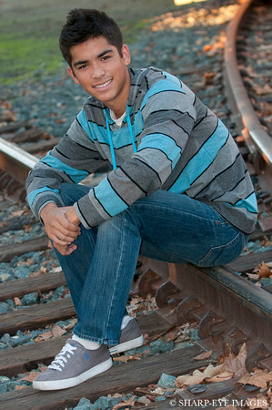 James Leash of Sharp-Eye Images senior portrait shoot with Cameron Conrad in Old Sacramento