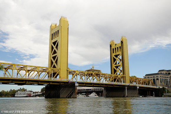 Sharp-Eye Images photographer James Leash captured this image of the Tower Bridge in Sacramento, CA